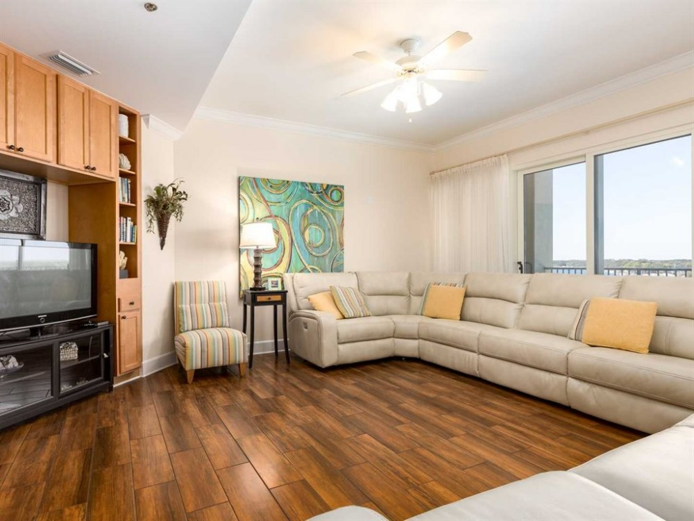 Pensacola vacation rental with Living Room 1