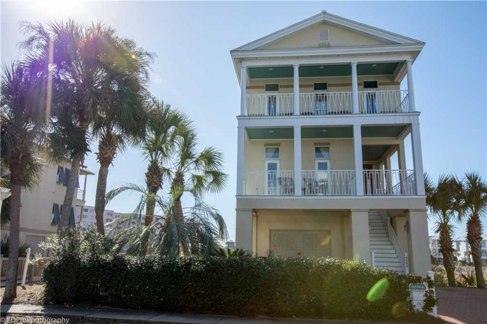 Destin vacation rental with Exterior