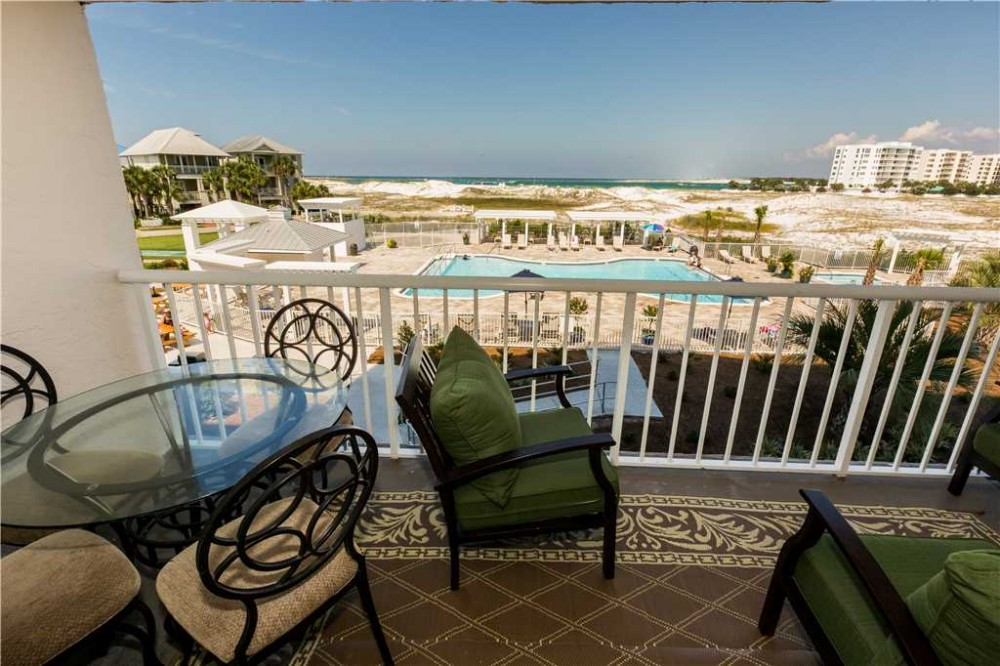 Destin vacation rental with Balcony