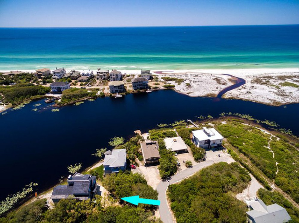 Santa Rosa Beach vacation rental with Awaiting Paradise