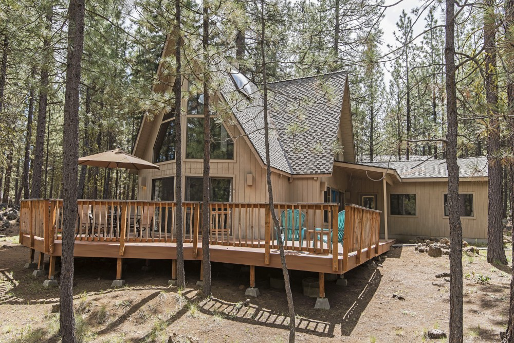 Black Butte Ranch vacation rental with South Meadow  152 Charming Cabin in Prime Location Close to Pools