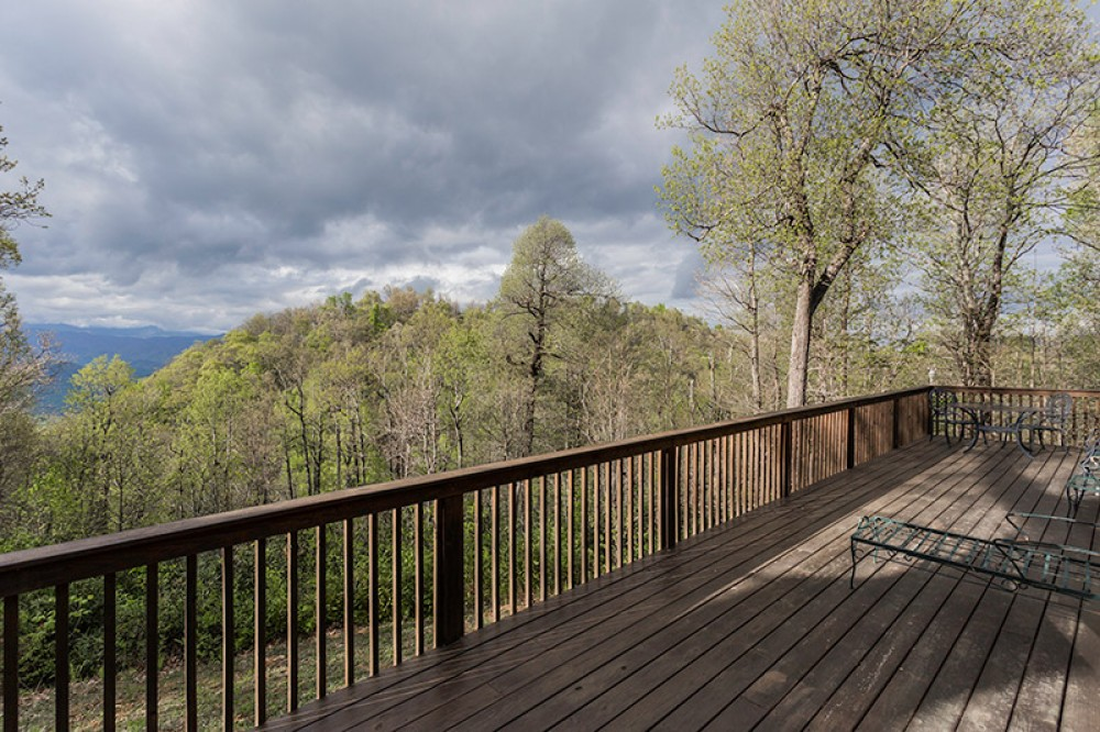 Old Fort vacation rental with Viewfromdeck
