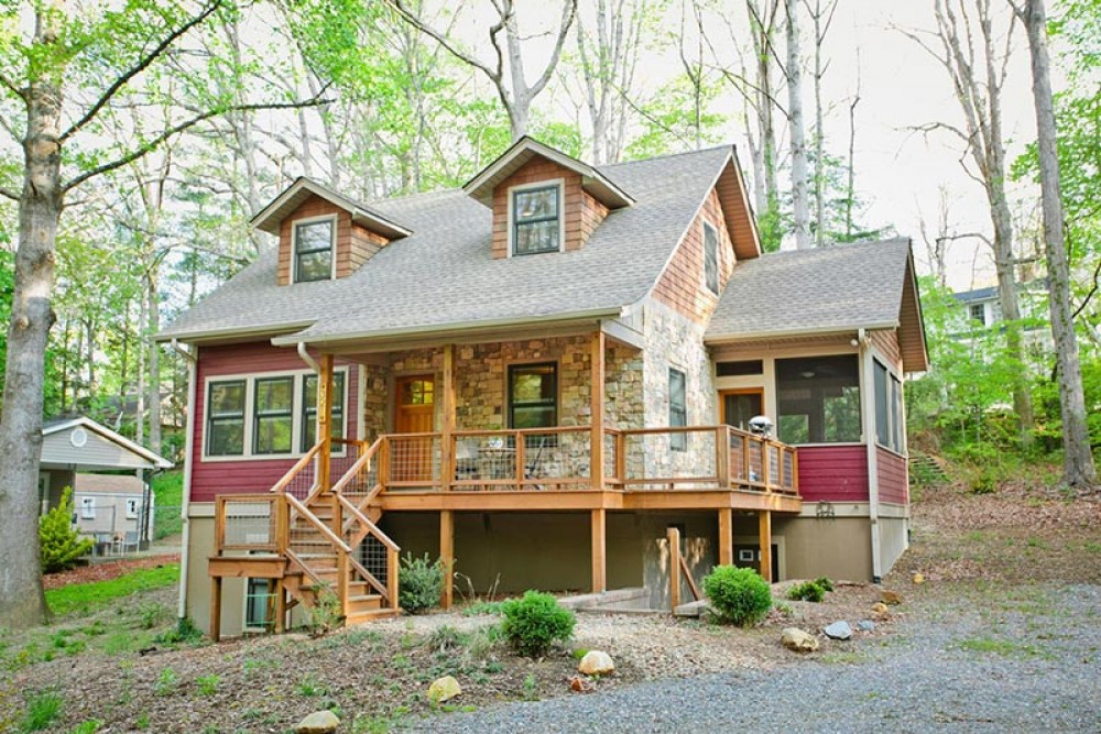 Black Mountain vacation rental with WelcometoTulip
