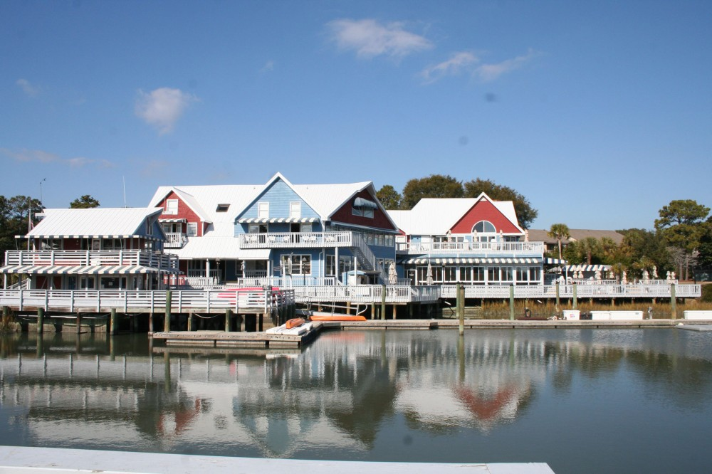 Hilton Head Island vacation rental with WalktotheSouthBeachMarinaVillage