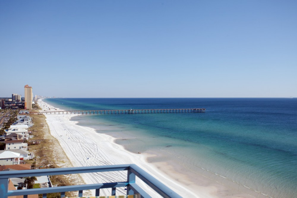 Panama City Beach vacation rental with AwesomeViewtoPierPark