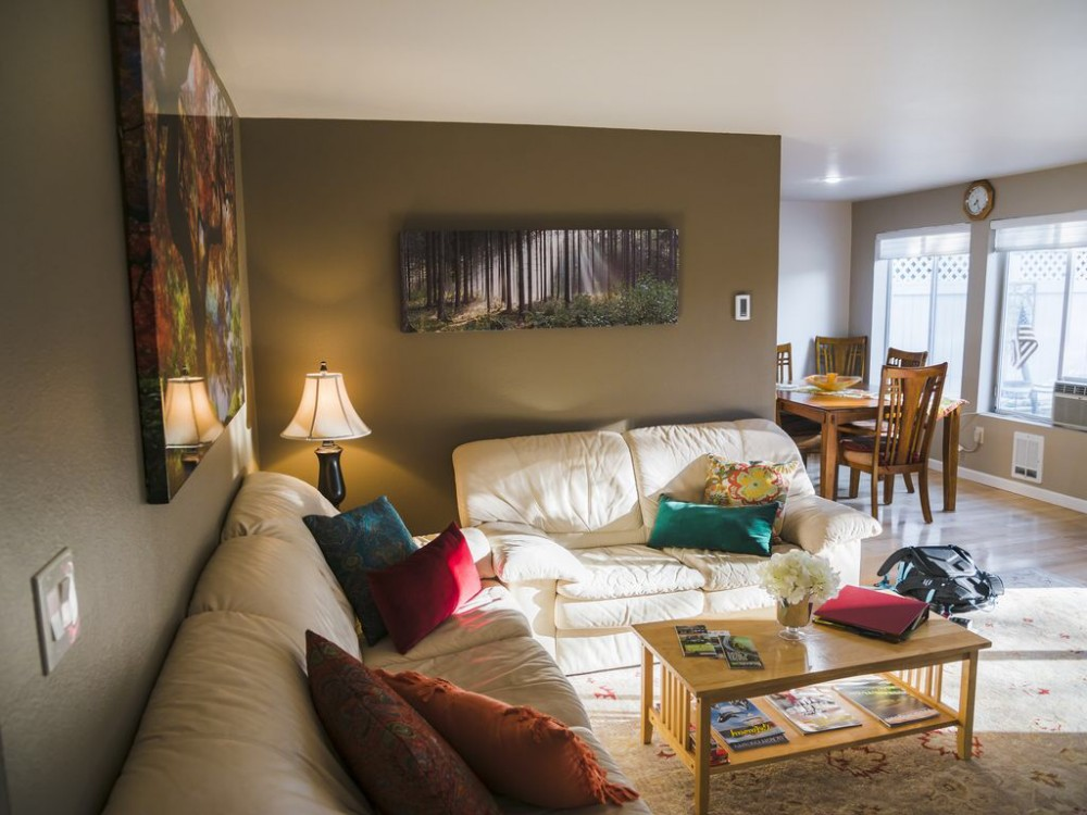 Seattle vacation rental with Living/Dinning