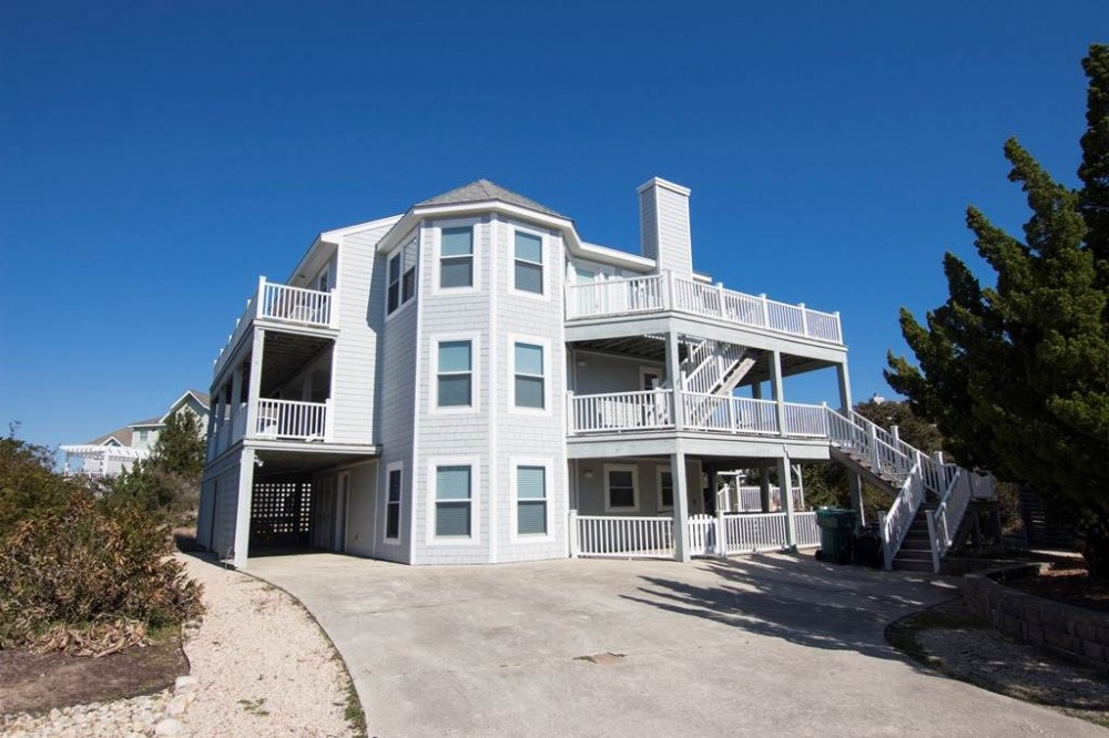 Corolla vacation rental with Making Memories