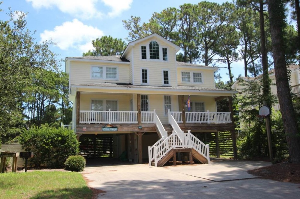 Corolla vacation rental with A-Sea-Breeze