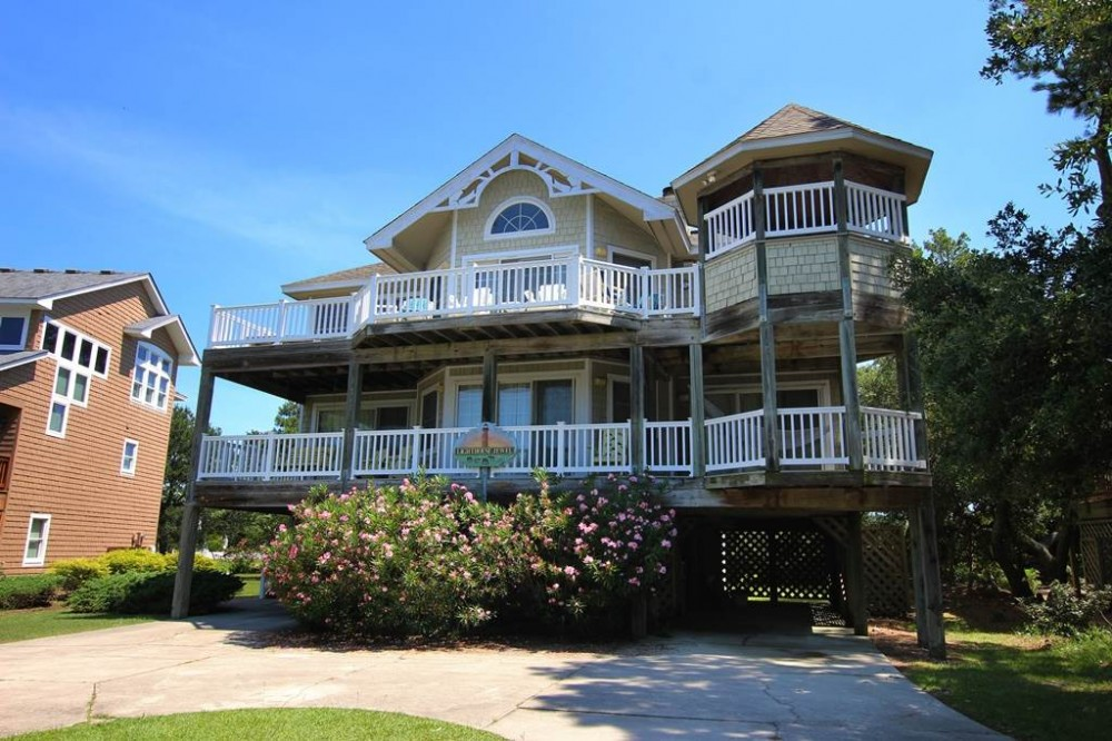 Corolla vacation rental with Lighthouse Jewel