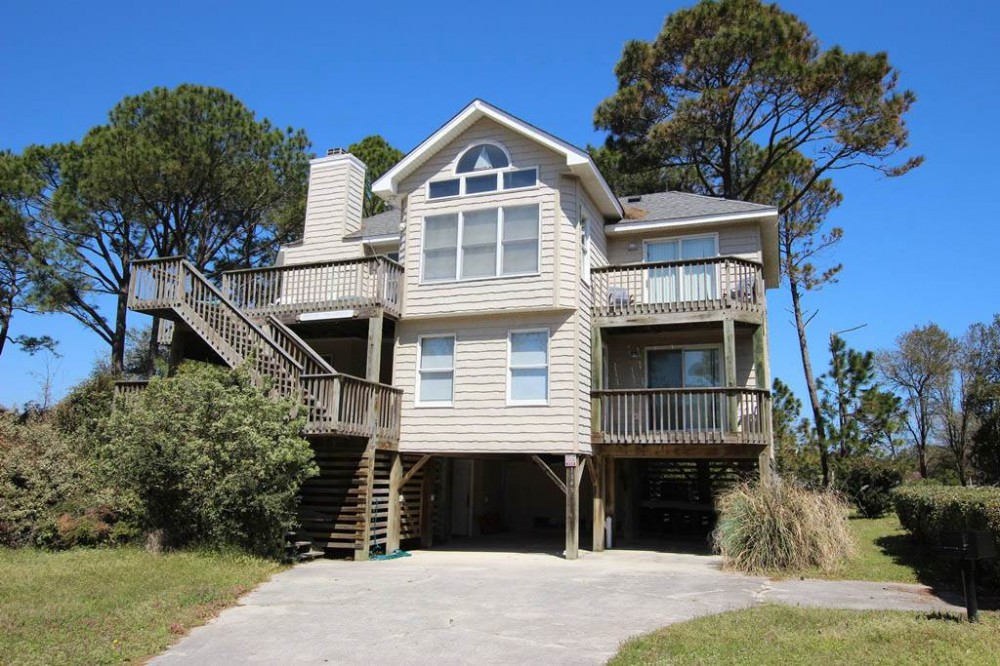 Corolla vacation rental with Sound Viewpoint