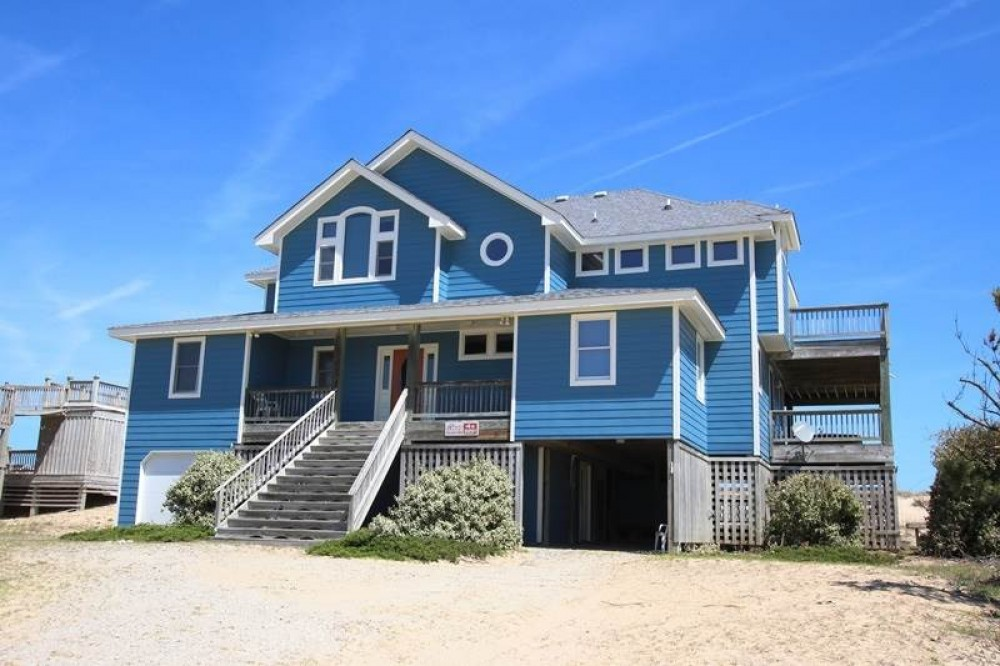 Corolla vacation rental with Beauty   The Beach
