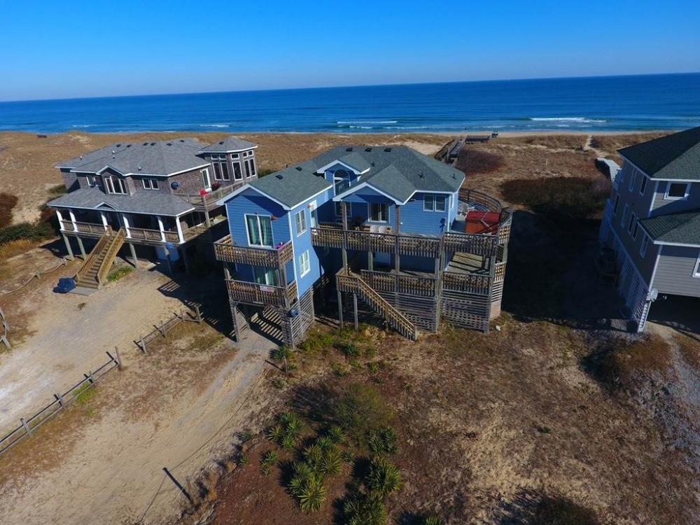Corolla vacation rental with Cabaret II