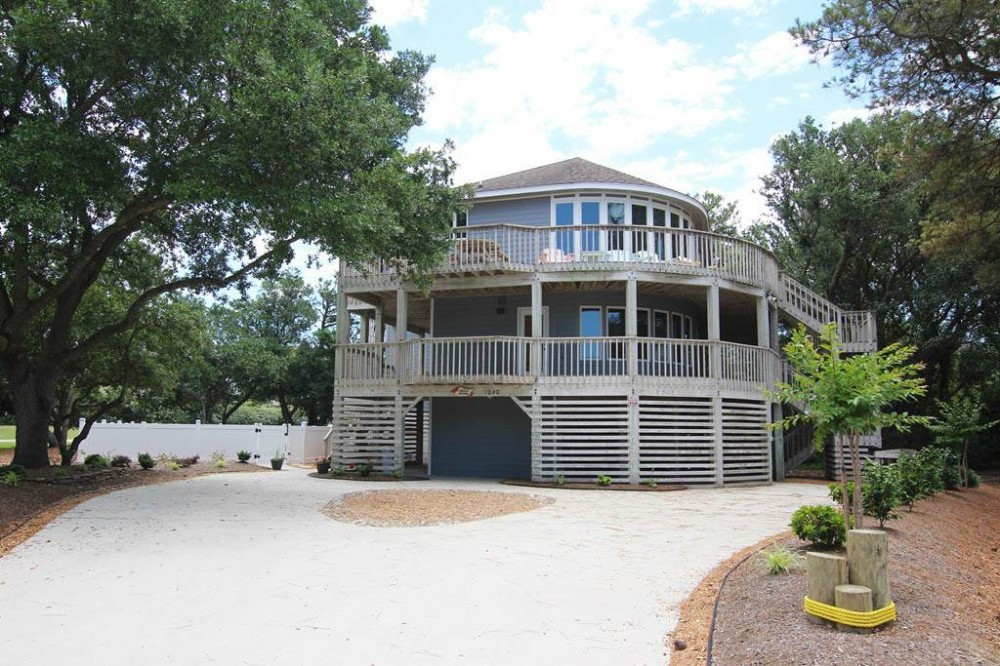 Corolla vacation rental with Endless Summer