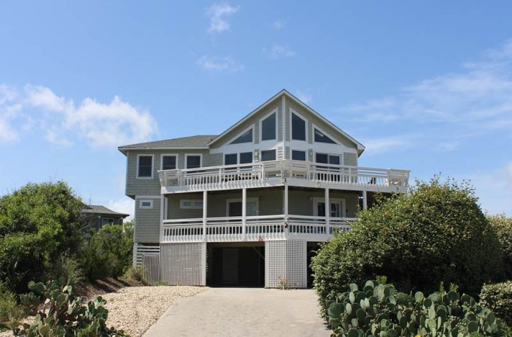 Corolla vacation rental with Calypso