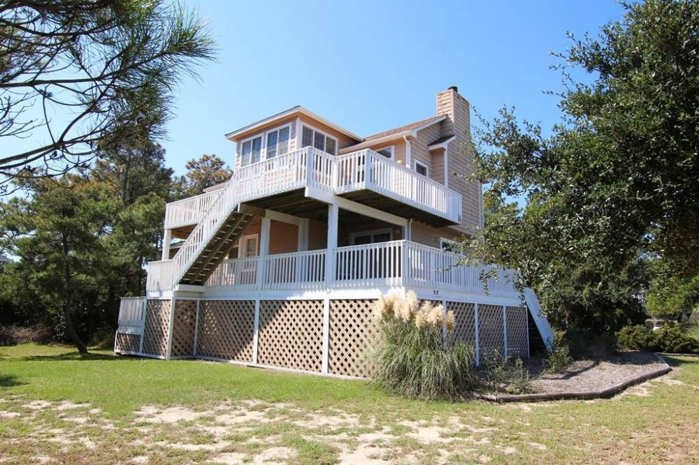Corolla vacation rental with Captains Quarters