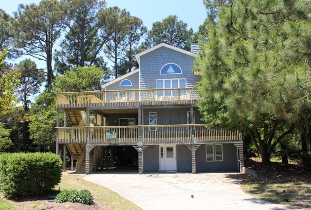 Corolla vacation rental with Family  Friends and Fun
