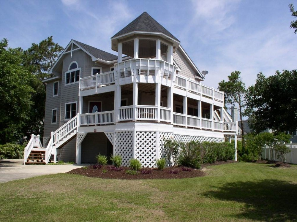 Corolla vacation rental with Beachy Keen