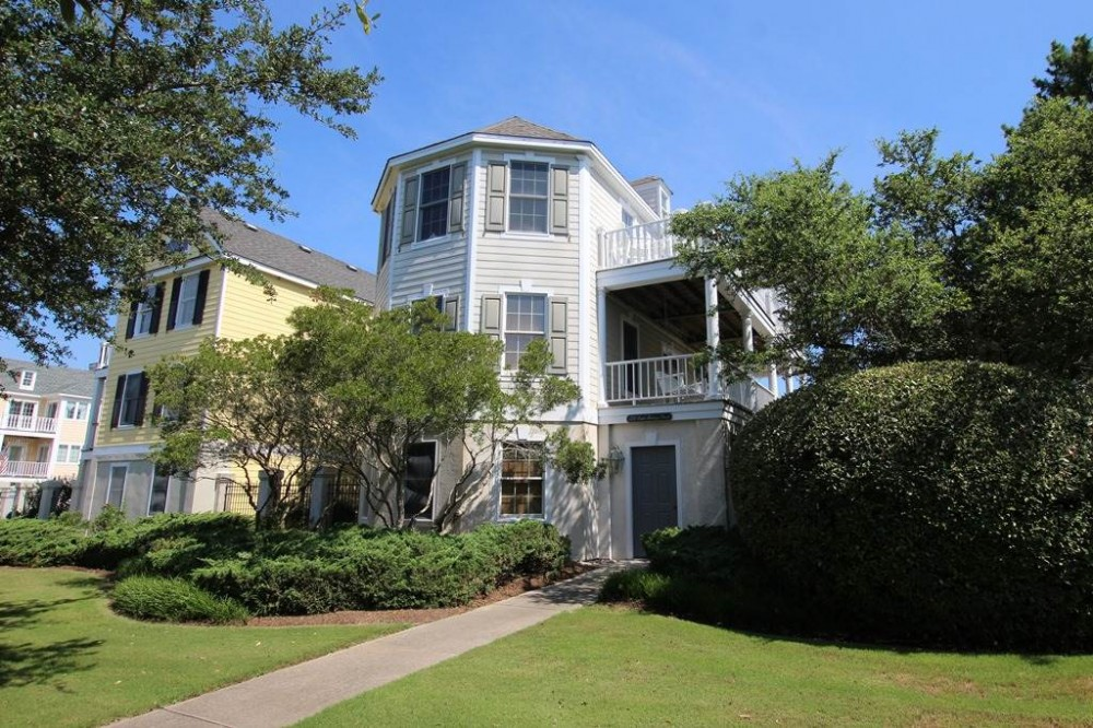Corolla vacation rental with The Charleston