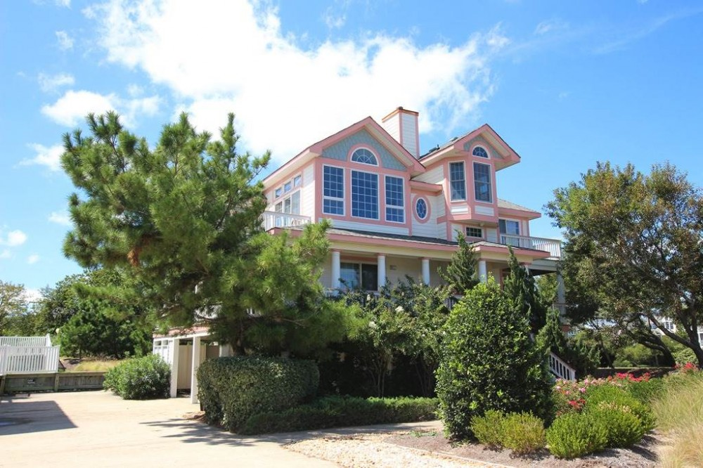 Corolla vacation rental with Galileo Point