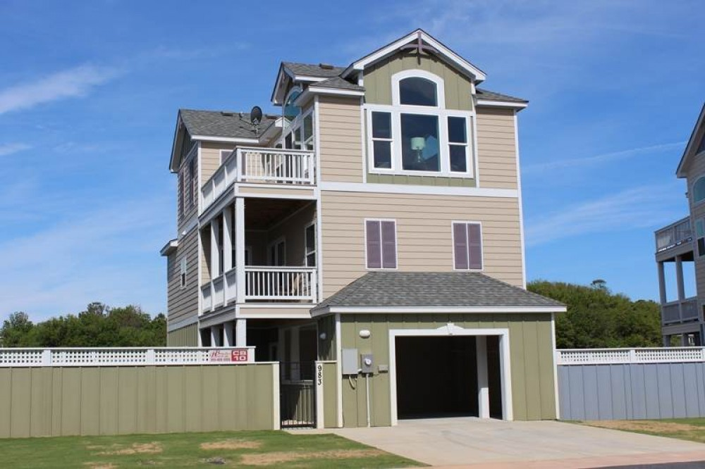 Corolla vacation rental with Dad  s Mercedes  Mom  s Dream