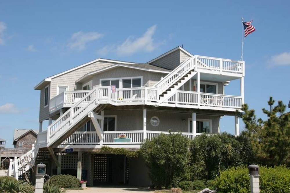Duck vacation rental with Sandfiddler Lodge