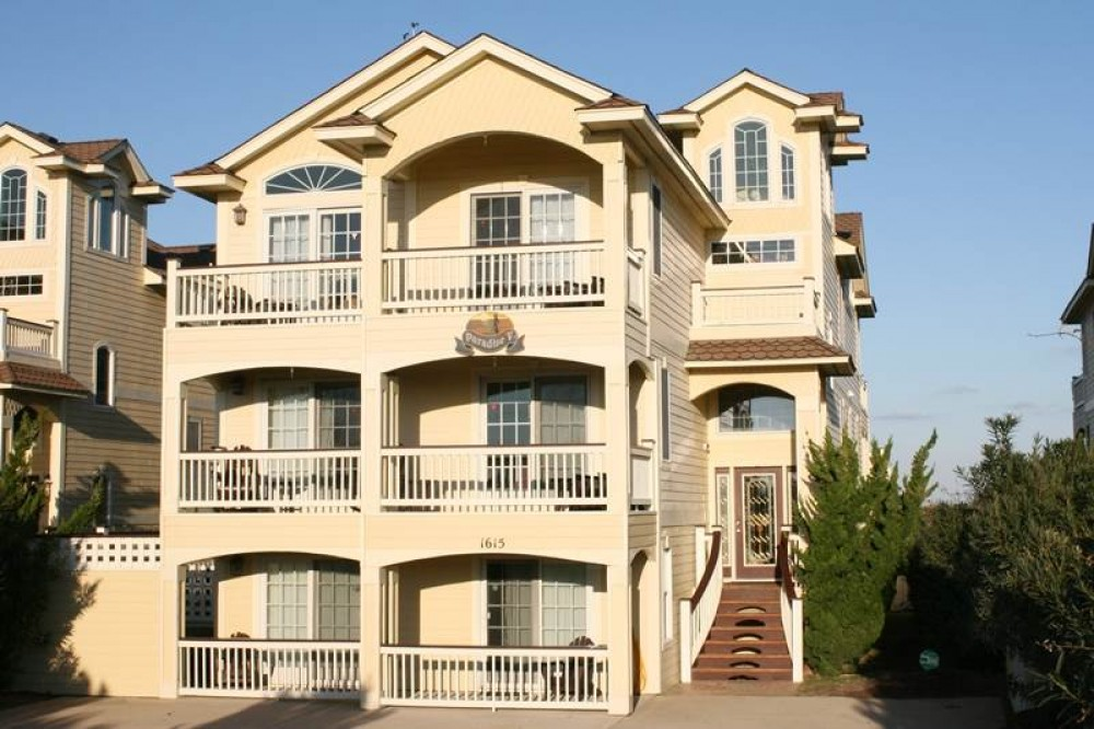 Kill Devil Hills vacation rental with Grand Luxxe