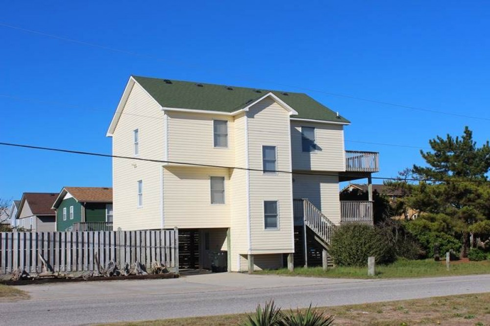 Kitty Hawk vacation rental with Marabel-by-the-Sea