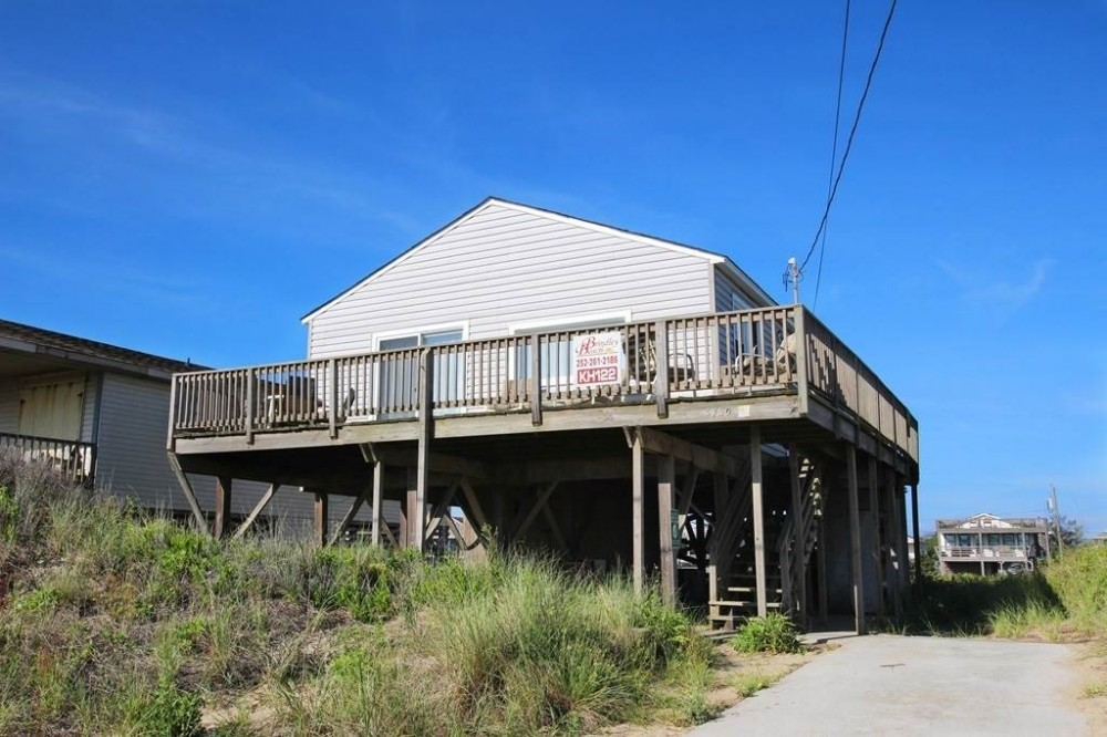 Kitty Hawk vacation rental with Weaver