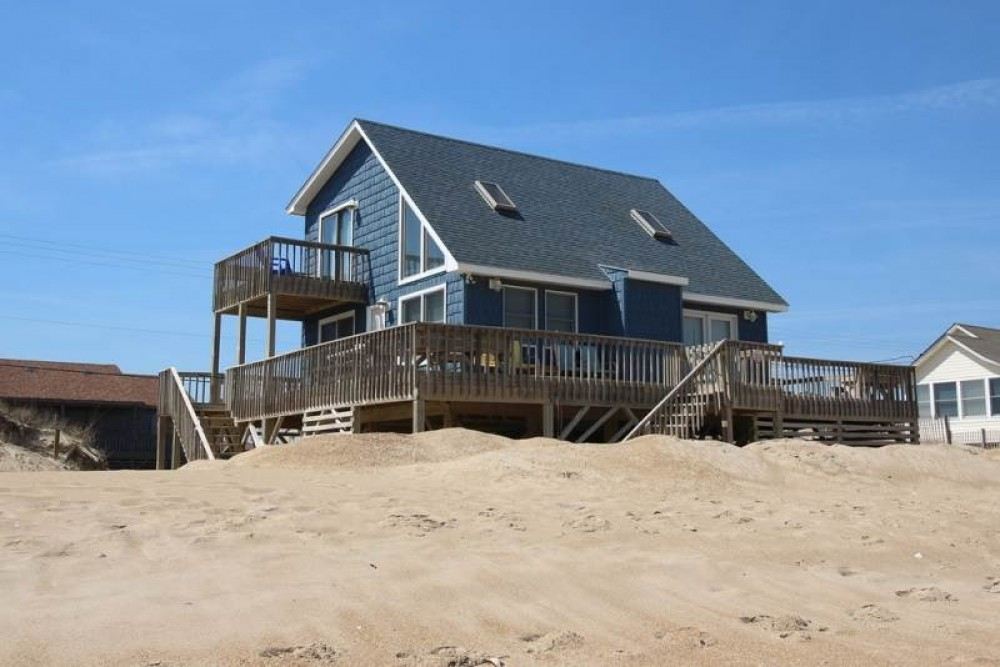 Kitty Hawk vacation rental with Pelican  s Watch