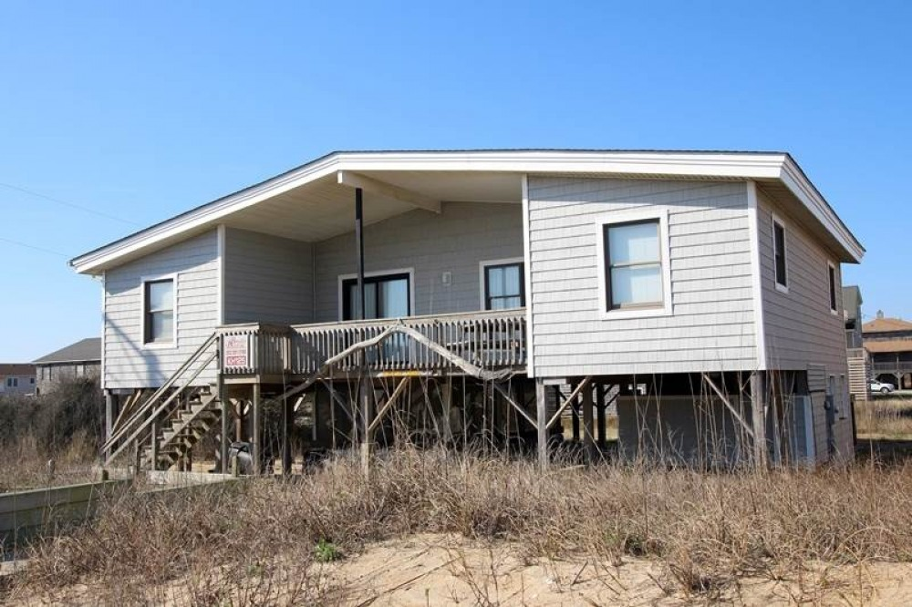 Kitty Hawk vacation rental with Gouldin Sands