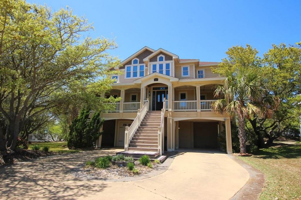 Kitty Hawk vacation rental with Happy Campers