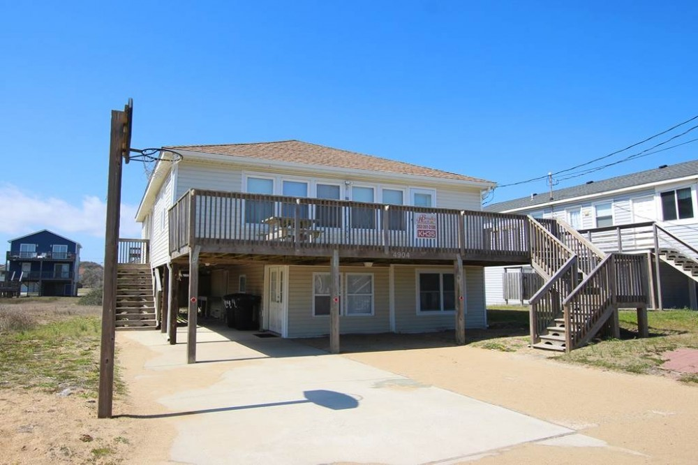 Kitty Hawk vacation rental with Carkee