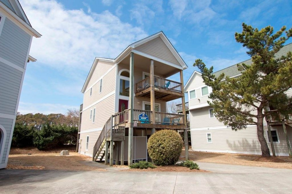 Corolla vacation rental with Starfish Enterprise