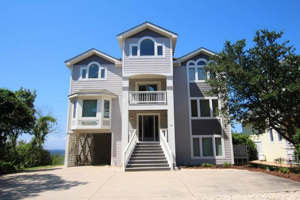 Corolla vacation rental with Sound and Color