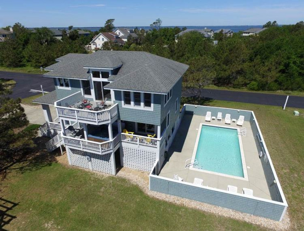 Corolla vacation rental with Heller High Water
