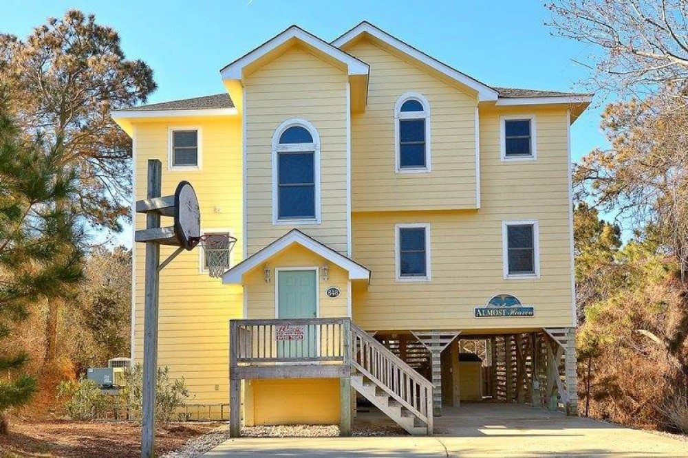 Corolla vacation rental with Almost Heaven