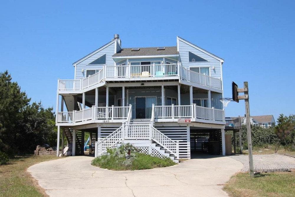 Corolla vacation rental with Caspies by the Sea