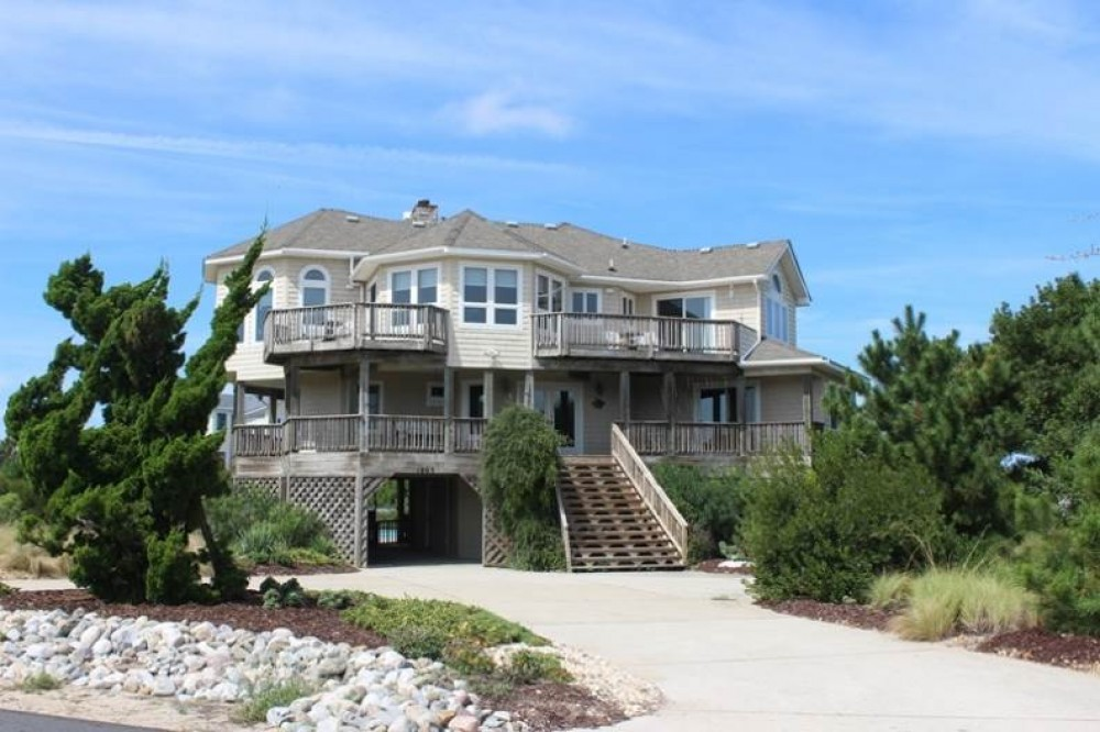 Corolla vacation rental with Sea-Crets