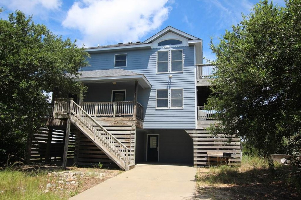 Corolla vacation rental with Summer Wind