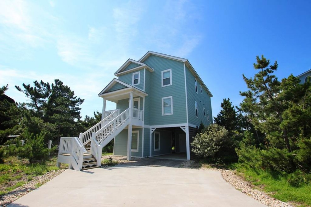 Corolla vacation rental with The Nautilus