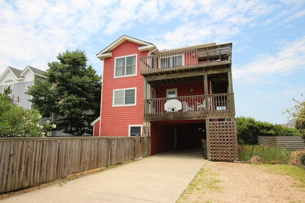 Corolla vacation rental with A Leisure Thyme