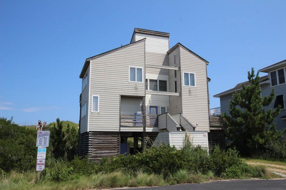 Corolla vacation rental with Lookout