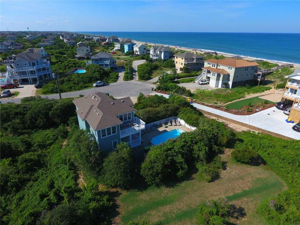 Corolla vacation rental with Seashell