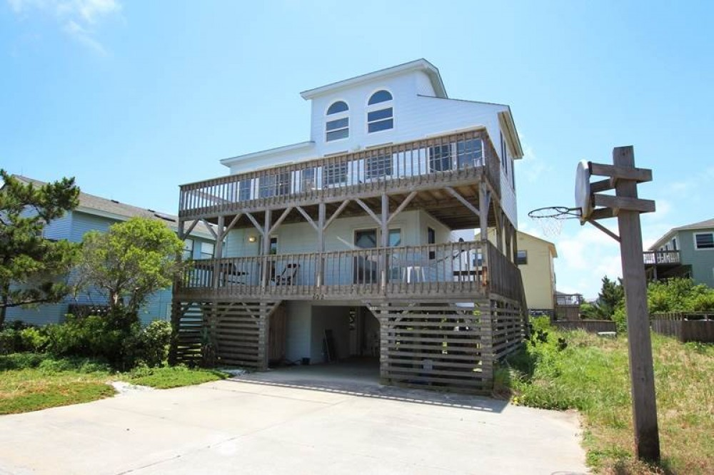 Corolla vacation rental with The Fifth Season
