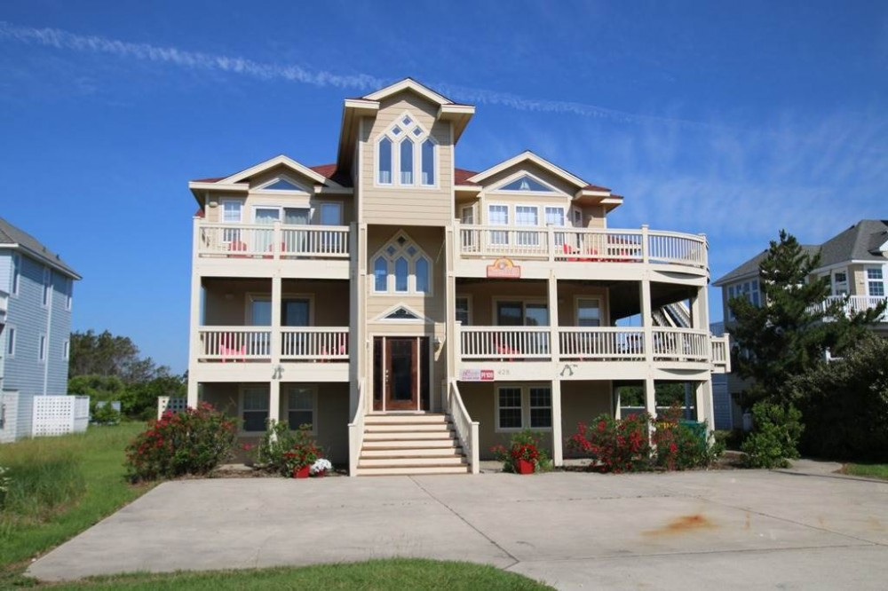 Corolla vacation rental with Sweet TEA