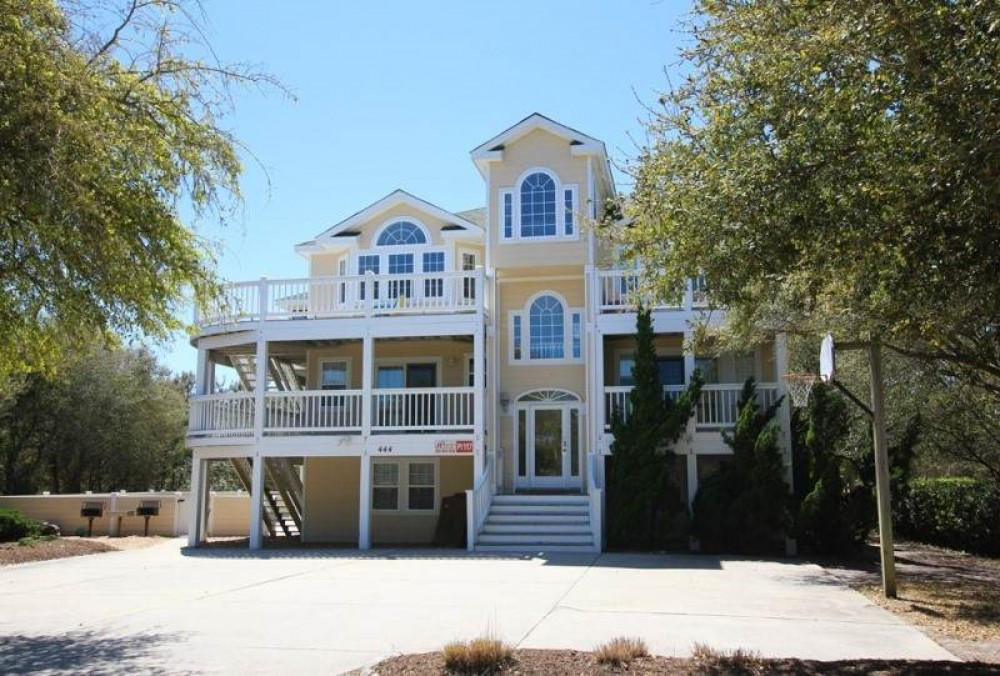 Corolla vacation rental with Lion By The Sea
