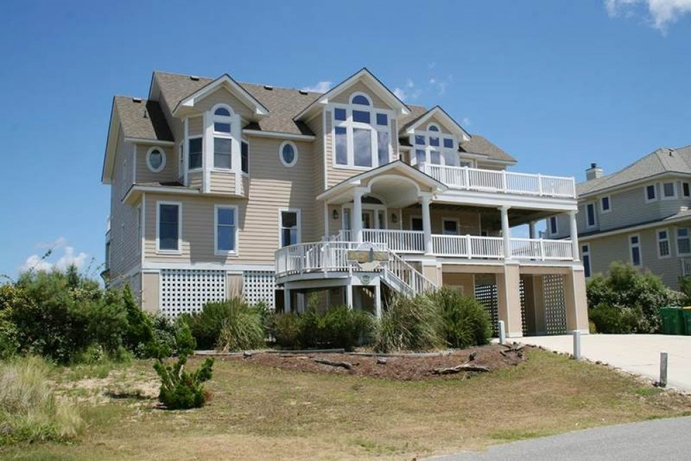 Corolla vacation rental with Morning Star