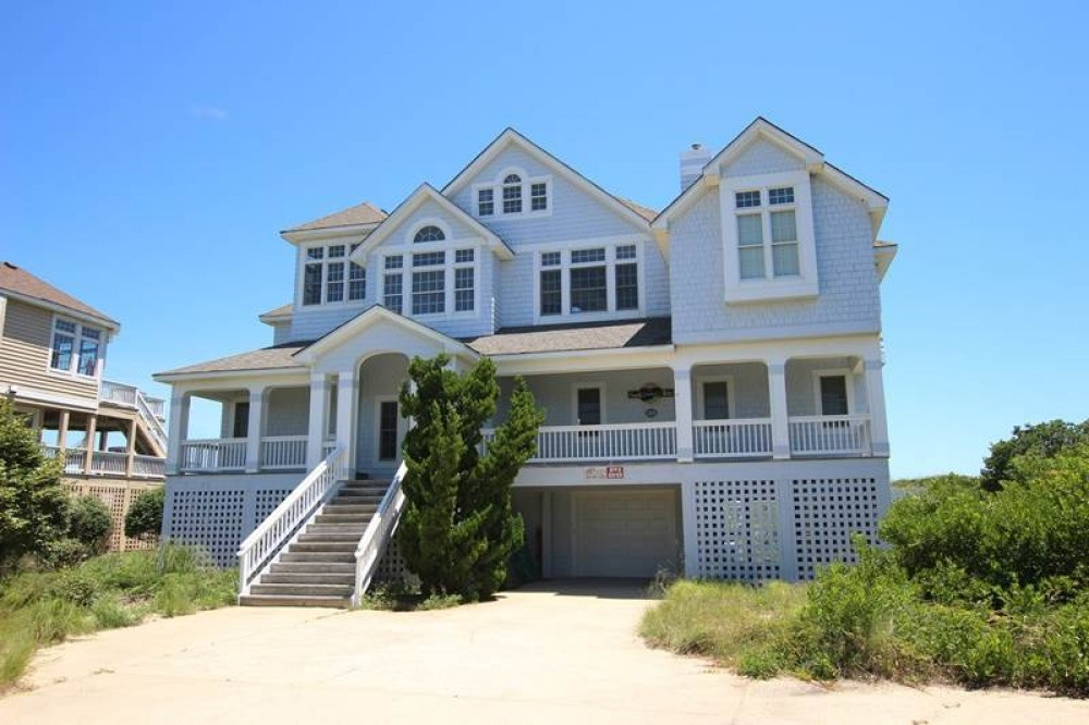 Corolla vacation rental with Sandy  s Way