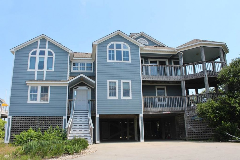 Corolla vacation rental with Aisling House