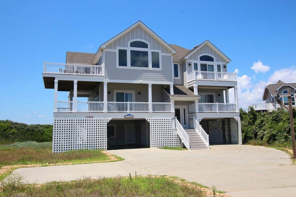 Corolla vacation rental with Good Winds